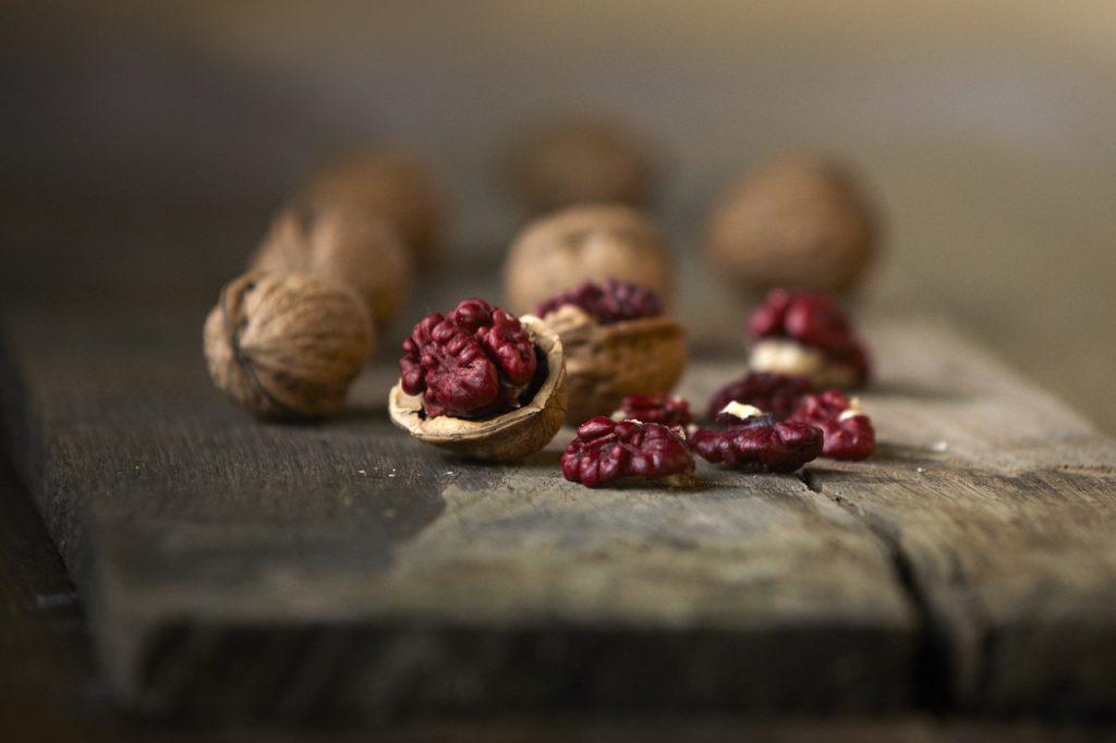 noyer red donau - noix noyer rouge - juglans regia - pépinière du bosc